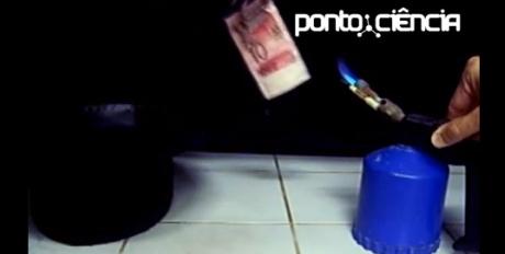 fogo em nota de 10 reais