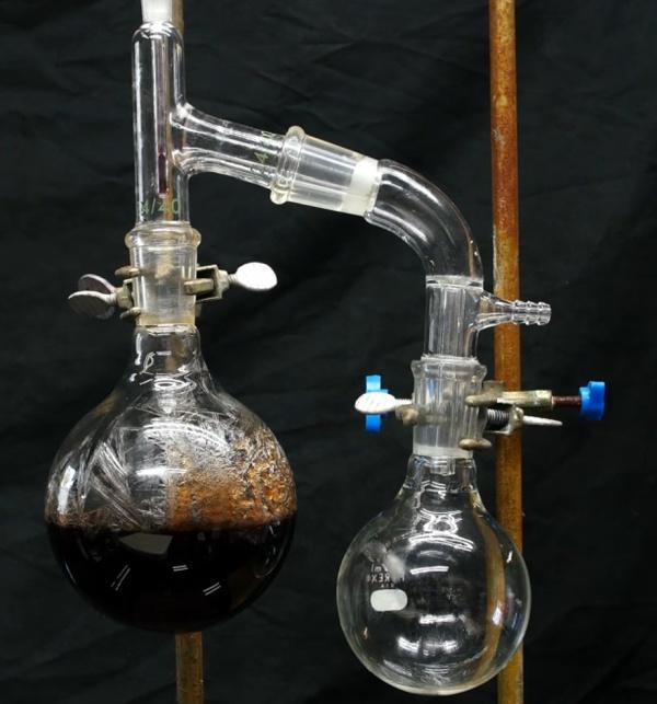 sistema de destilação do fenol
