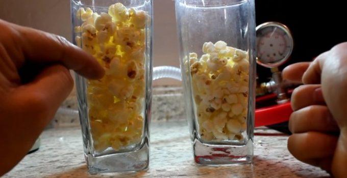 comparando copos com pipocas